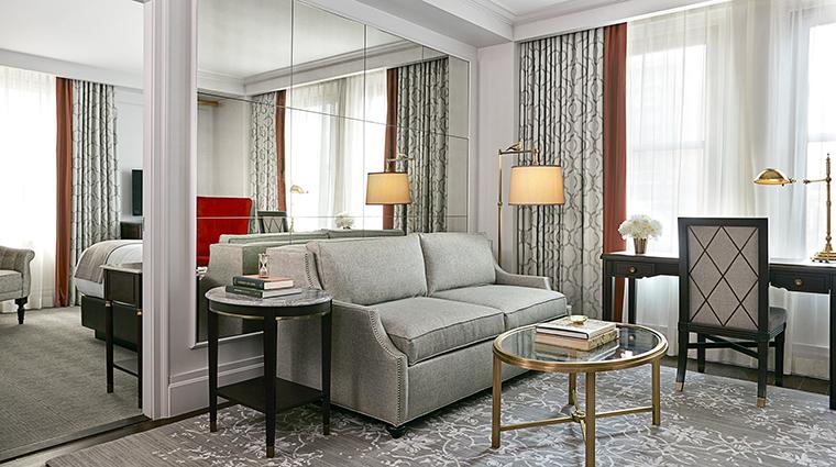 Property InterContinentalNewYorkBarclay Hotel GuestroomSuite OneBedroomDeluxeSuite InterContinentalHotels&Resorts