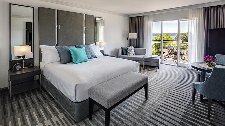 Property InterContinentalSydneyDoubleBay Hotel GuestroomSuite KingBayViewRoom InterContinentalHotelsGroup