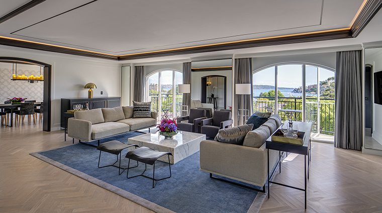 Property InterContinentalSydneyDoubleBay Hotel GuestroomSuite RoyalSuiteLivingRoom InterContinentalHotelsGroup