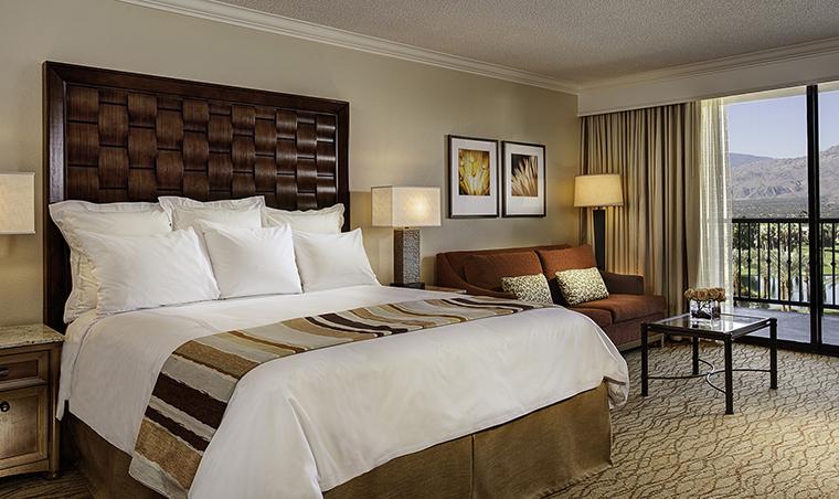 Property JWMarriottDesertSpringsResortandSpa 4 Hotel GuestroomSuite KingGuestRoom Bedroom JWMarriottDesertSpringsResortandSpa