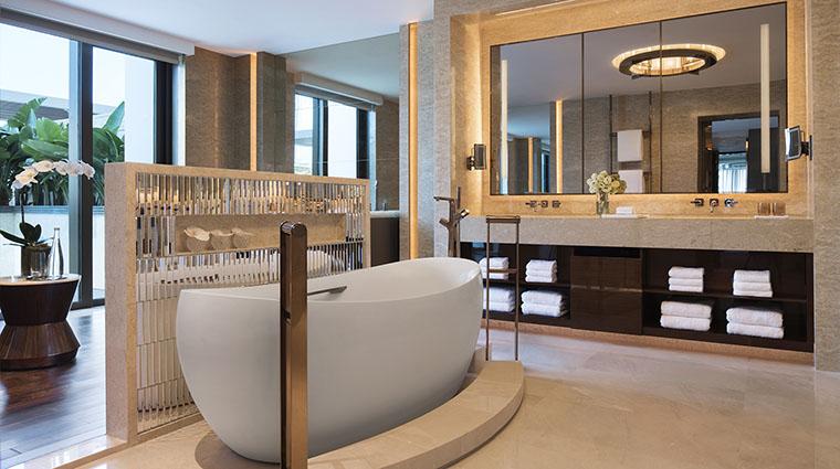 Property JWMarriottMacau Hotel GuestroomSuite PresidentialSuiteBathroom MarriottInternationalInc