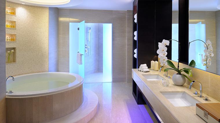 Property JWMarriottMarquis Hotel GuestroomSuite PresidentialSuiteBathroom MarriottInternationalInc