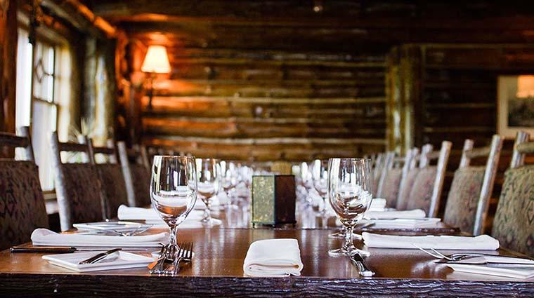 Property KanuDiningRoom Restaurant Dining TableSetting TheWhitefaceLodge