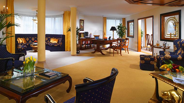 Property KempinskiHotelCorvinusBudapest Hotel GuestroomSuite RoyalSuiteLivingRoom KempinskiHotels