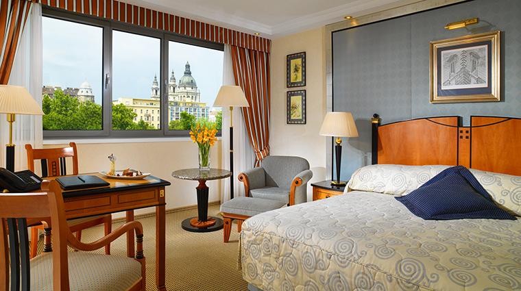 Property KempinskiHotelCorvinusBudapest Hotel GuestroomSuite SuperiorRoomwithView KempinskiHotels