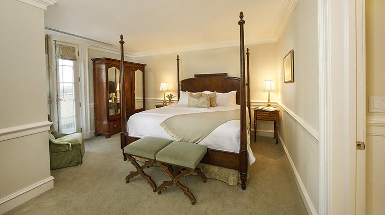 Property KeswickHall Hotel GuestroomSuite MasterSuiteBedroom KeswickHall