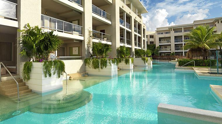 Property LaPerlaParadisusPlayadelCarmenLaPerla Hotel GuestroomSuite SwimUpSuites MeliaHotelsInternational