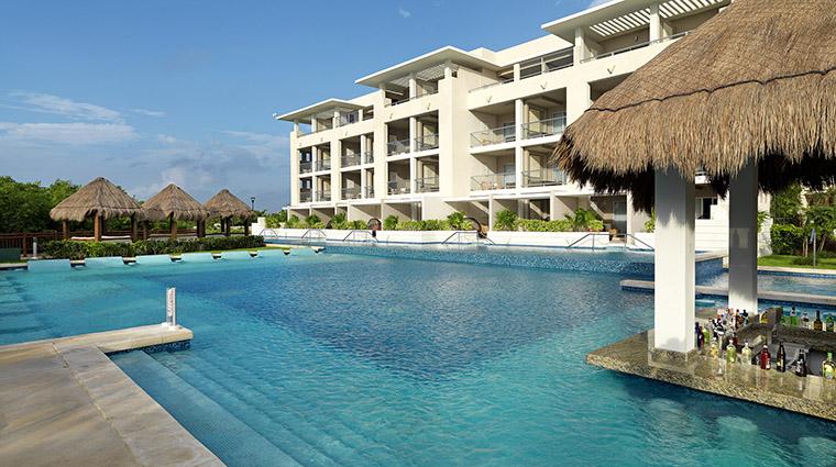 Property LaPerlaParadisusPlayadelCarmenLaPerla Hotel PublicSpaces SwimmingPoolwithSwimUpBar MeliaHotelsInternational