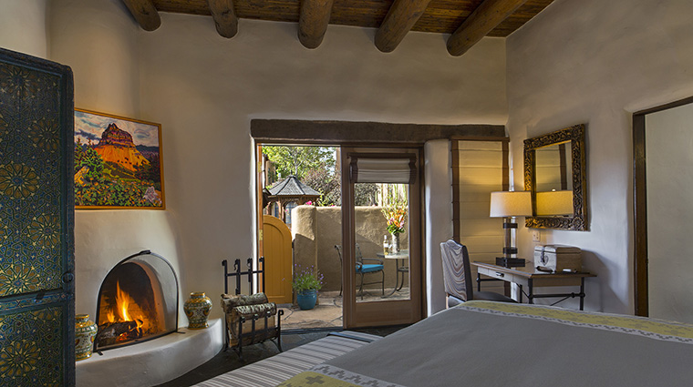 Property LaPosadadeSantaFe Hotel GuestroomSuite BacaSuiteBedroom StarwoodHotels&ResortsWorldwideInc
