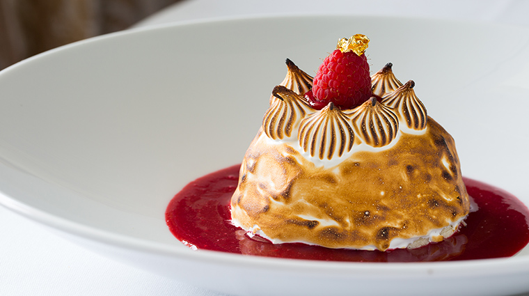 Property LaTableChateau Restaurant Dining BakedAlaskaVanilla&RaspberryIceCream LaTable