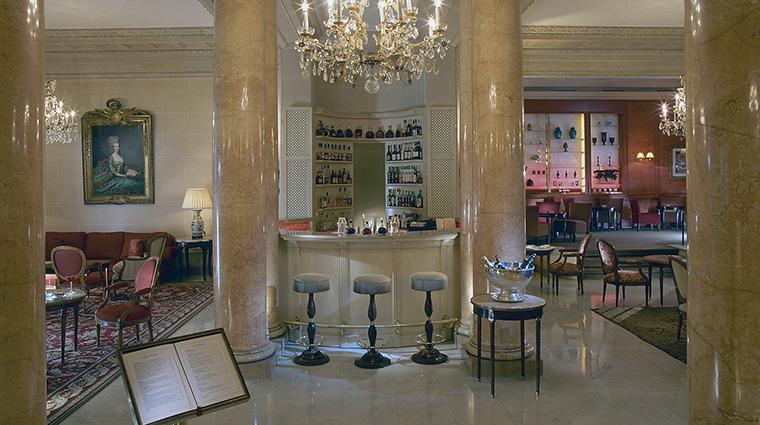 Property LeBristolParis Hotel Dining LeJardinFrancais OetkerHotelManagmentCompany