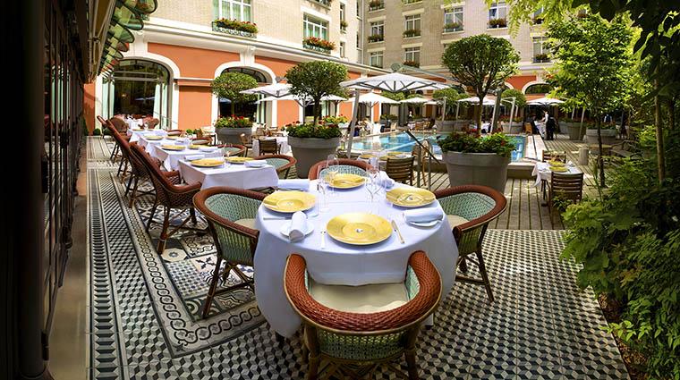 Property LeRoyalMonceau Hotel Dining IlCarpaccioJardinVue RafflesHotels&Resorts