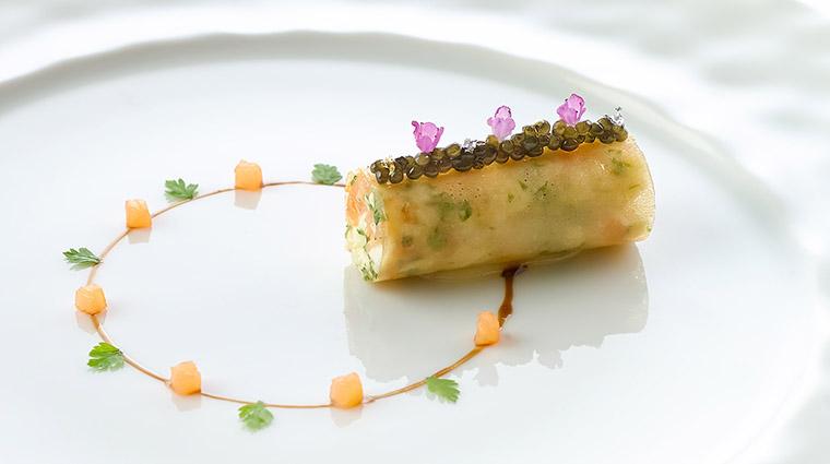 Property LesAmis Restaurant Dining CrabwithCaviar&SmokedSalmonBrunoise LesAmisGroup