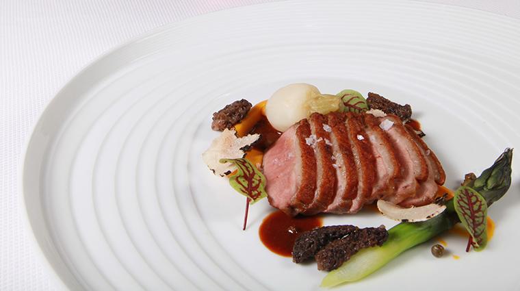 Property LesNomades Restaurant Dining Duck LesNomades