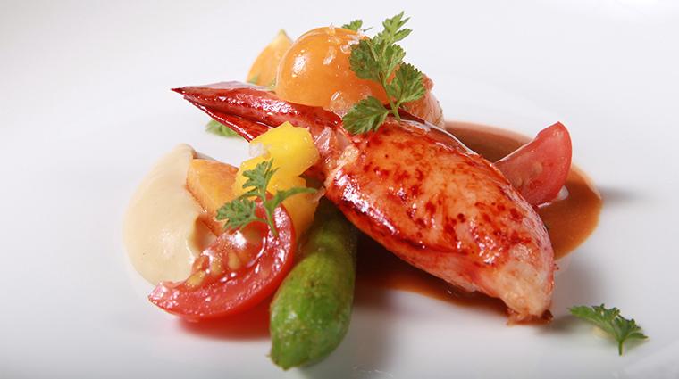 Property LesNomades Restaurant Dining LobsterBlossom LesNomades