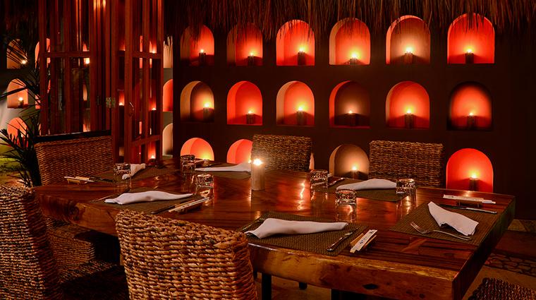 Property LiveAquaCancun Hotel Dining HiddenGarden2 GrupoPosadas