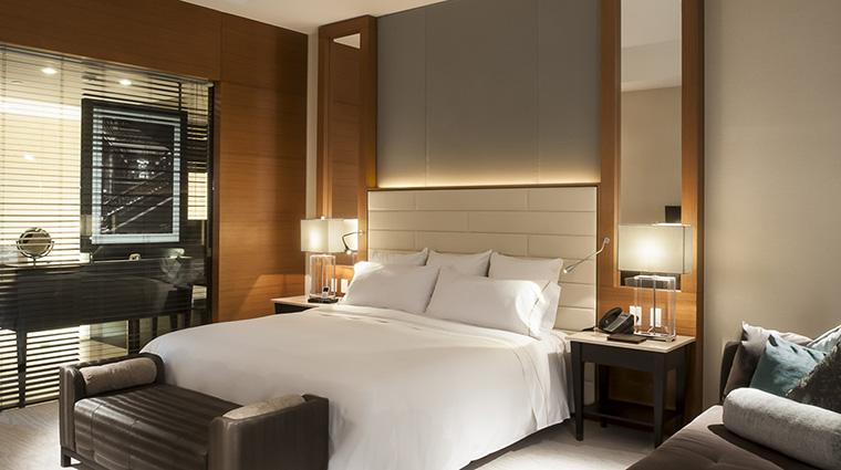 Property LiveAquaMexicoCity Hotel GuestroomSuite DeluxeKingRoom GrupoPosadas