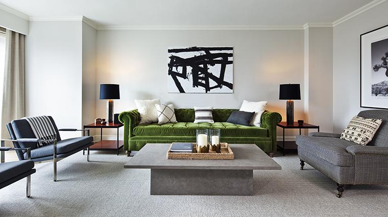 Property LoewsRegencyHotelNewYork Hotel GuestroomSuite NateBerkusSignatureSuiteLivingRoom LoewsHotels&Resorts