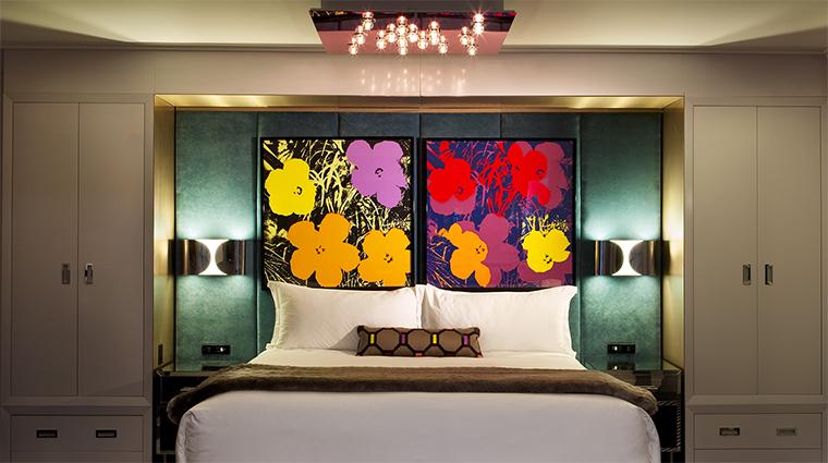 Property LoewsRegencyHotelNewYork Hotel GuestroomSuite SignatureSuiteBedroom LoewsHotels&Resorts