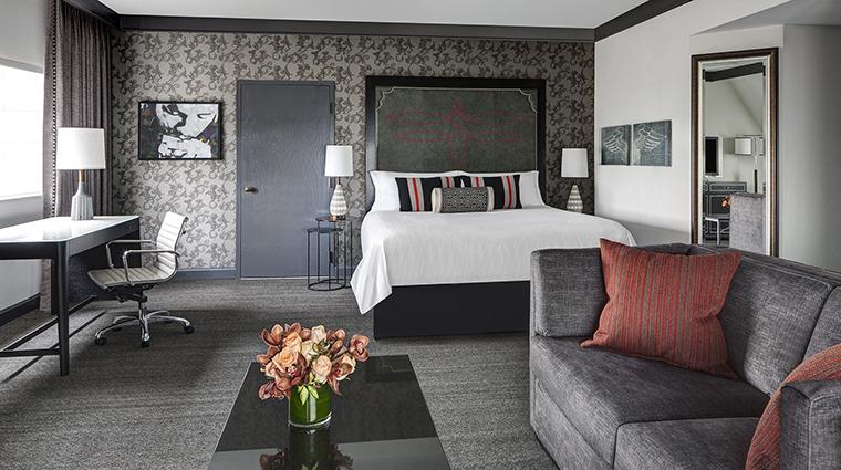 Property LoewsVanderbiltHotel GuestroomSuite GrandKingGuestRoom LoewsHotels&Resorts