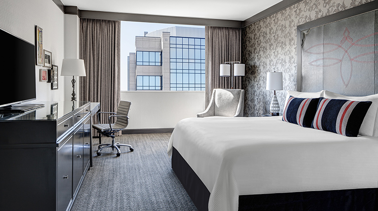 Property LoewsVanderbiltHotel GuestroomSuite PremiumExecutiveSuiteBedroom LoewsHotels&Resorts