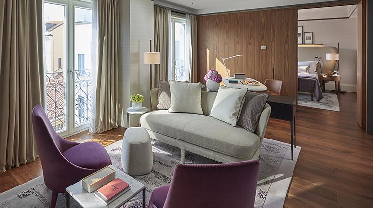 Property MandarinOrientalMilan Hotel GuestroomSuite DeluxeSuite MandarinOrientalHotelGroup