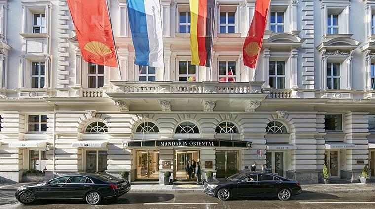 Property MandarinOrientalMunich Hotel Exterior ExteriorEntrance MandarinOrientalHotelGroup