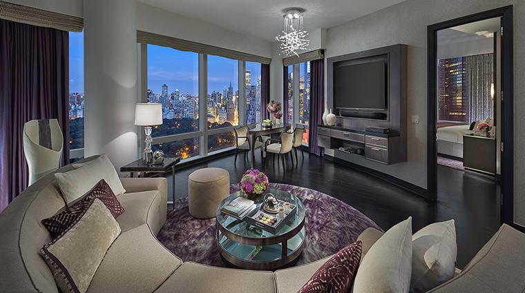 Property MandarinOrientalNewYork Hotel GuestroomSuite PremierCentralParkViewSuiteLivingRoom MandarinOrientalHotelGroup