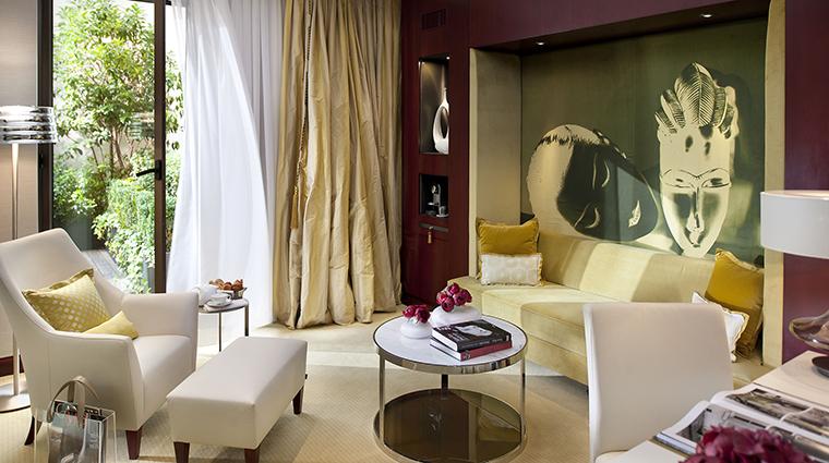 Property MandarinOrientalParis Hotel GuestroomSuite PremierSuitewithTerrace MandarinOrientalHotelGroup
