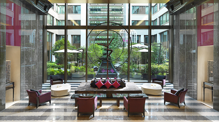 Property MandarinOrientalParis Hotel PublicSpaces Lobby MandarinOrientalHotelGroup