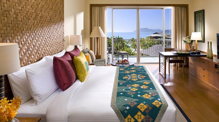Property MandarinOrientalSanya Hotel GuestroomSuite OceanViewRoom MandarinOrientalHotelGroup