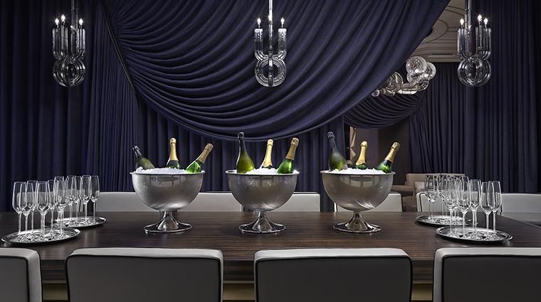 Property MandarinOrientalTaipei Hotel BarLounge MandarinOrientalBar MandarinOrientalHotelGroup