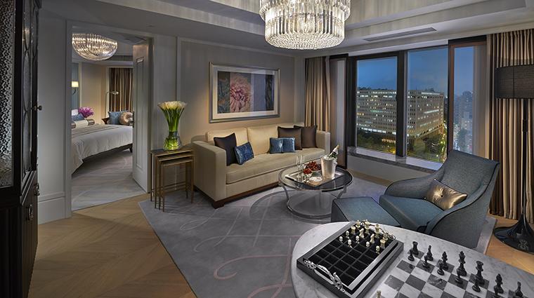 Property MandarinOrientalTaipei Hotel GuestroomSuite CitySuiteLivingRoom MandarinOrientalHotelGroup
