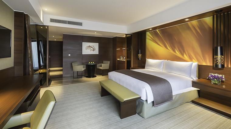 Property MarcoPoloOrtigas Hotel GuestroomSuite PremierRoom MarcoPoloHotels