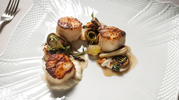 Property Marea Restaurant Dining Scallops AltamareaGroup