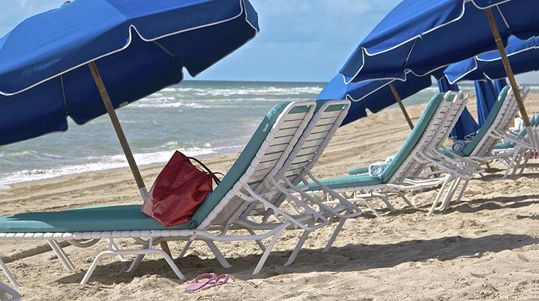 Property MarenasBeachResort Hotel PublicSpaces BeachLoungeChairs PersonalLuxuryResorts&Hotels