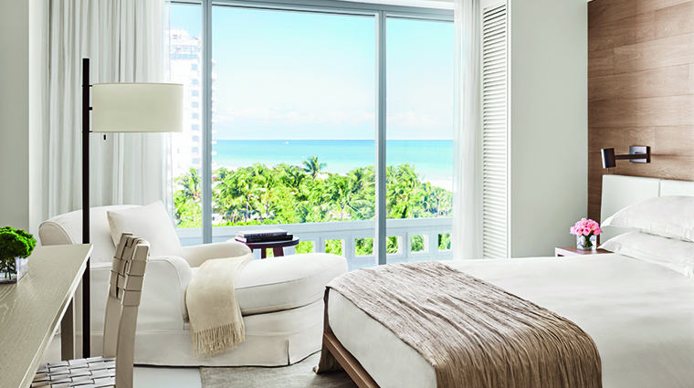 Property MiamiBeachEDITION Hotel GuestroomSuite OceanViewKing EditionHotels