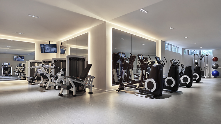 Property MiamiBeachEDITION Hotel Spa Gym EditionHotels
