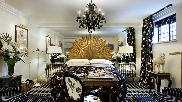 Property MilestoneHotel Hotel GuestroomSuite HarlequinSuite RedCarnationHotels
