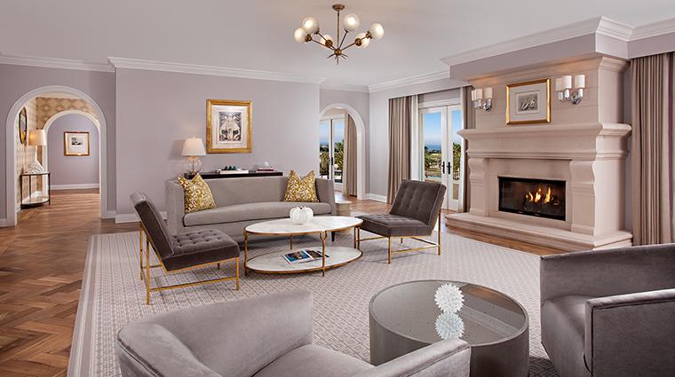 Property MonarchBeachResort Hotel GuestroomSuites OceanViewSuiteLivingRoom KSLResorts