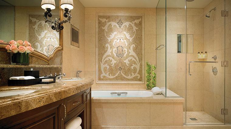 Property MontageBeverlyHills Hotel GuestroomSuite GuestroomBathroom MontageHotels&Resorts