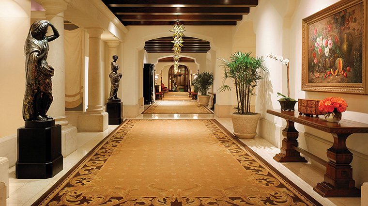 Property MontageBeverlyHills Hotel PublicSpaces Hallway MontageHotels&Resorts