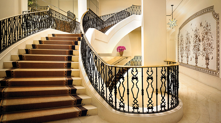 Property MontageBeverlyHills Hotel PublicSpaces LobbyGrandStaircase MontageHotels&Resorts