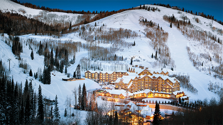 Property MontageDeerValley 1 Hotel Exterior WinterArialView CreditMontageHotelsandResorts