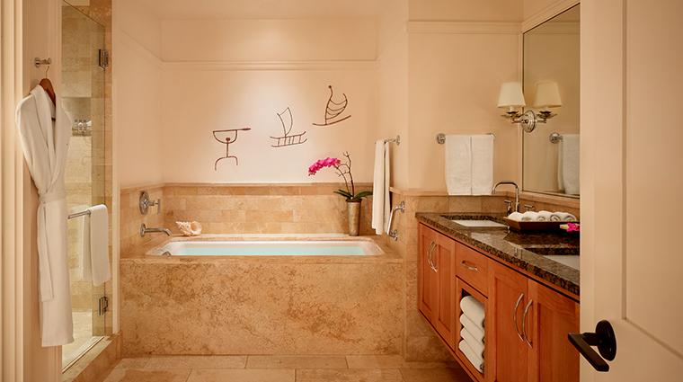 Property MontageKapaluaBay Hotel GuestroomSuite SuiteBathroom MontageHotelsandResortsLLC