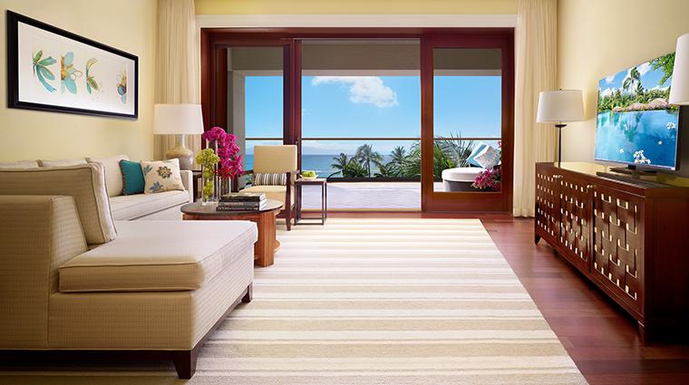 Property MontageKapaluaBay Hotel GuestroomSuite SuiteLivingRoom MontageHotelsandResortsLLC