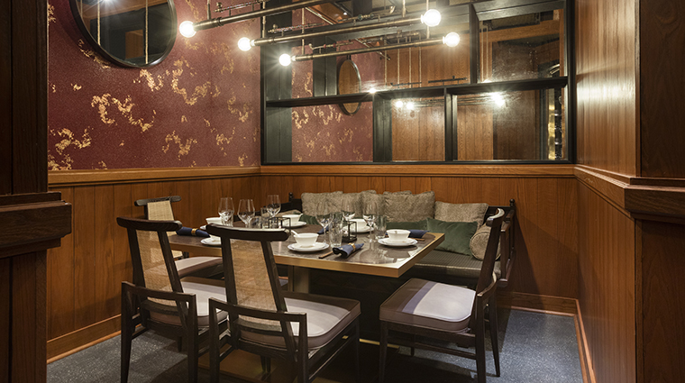 Mott 32 vancouver restaurants vancouver canada for Best private dining rooms vancouver