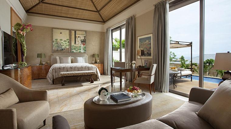 Property MuliaVillasatTheMulia Hotel GuestroomSuite FamilyVillaMasterBedroom TheMulia