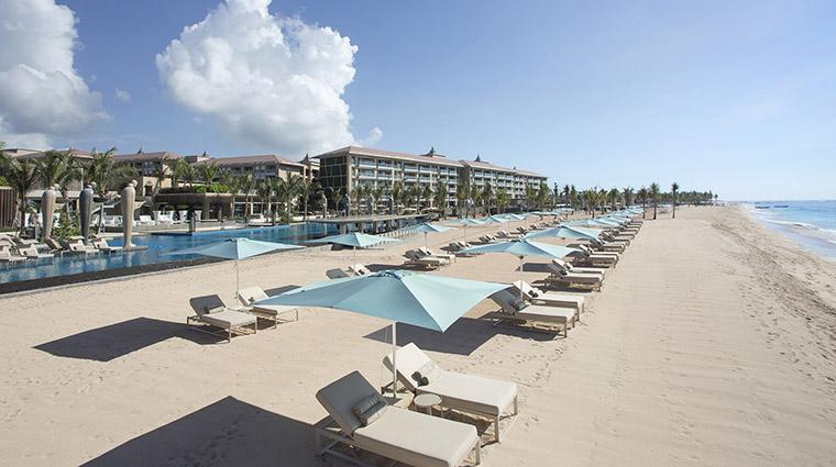 Property MuliaVillasatTheMulia Hotel PublicSpaces Beachfront TheMulia