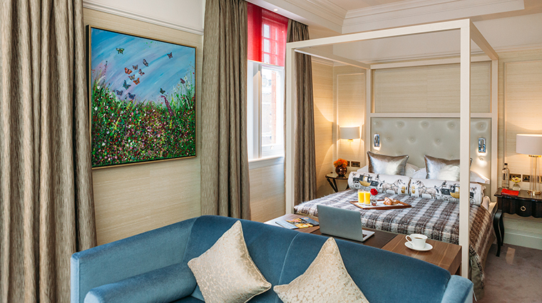 Property No11CadogonGardens Hotel GuestroomSuite JuniorSuite No11CadoganGardensHotel